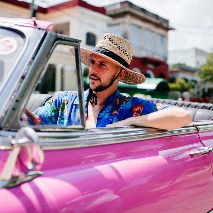 Caio Braz durante sua viagem a Cuba (Foto: @roncca)
