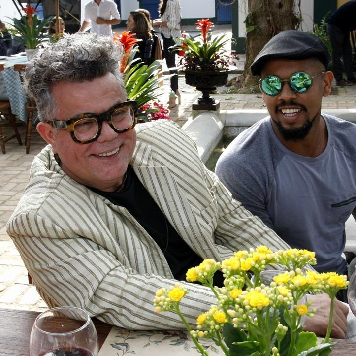 Milton com seu marido, Eduardo Costa (Foto: Vera Donato   Reprodução)