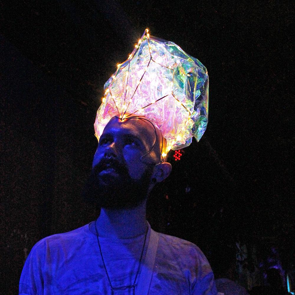 Os foliões cintilantes do Minha Luz É de LED (Foto: Roberta Clapp)