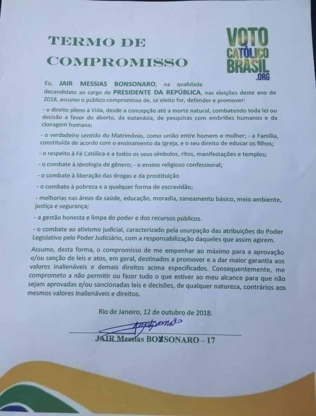 """Termo de compromisso assinado por Bolsonaro, no qual ele se compromete a """"combater a ideologia de gênero"""" e """"defender o matrimônio entre homem e mulher"""" (Foto: Reprodução)"""