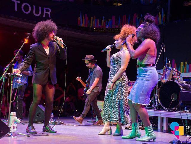 Diego Moraes, Mel e Liniker durante a primeira apresentação da Rainbow Cities Tour, no 26º Festival Mix Brasileiro (Foto: Divulgação)