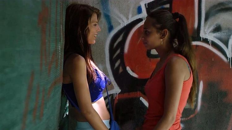"""Carmen & Lola"""