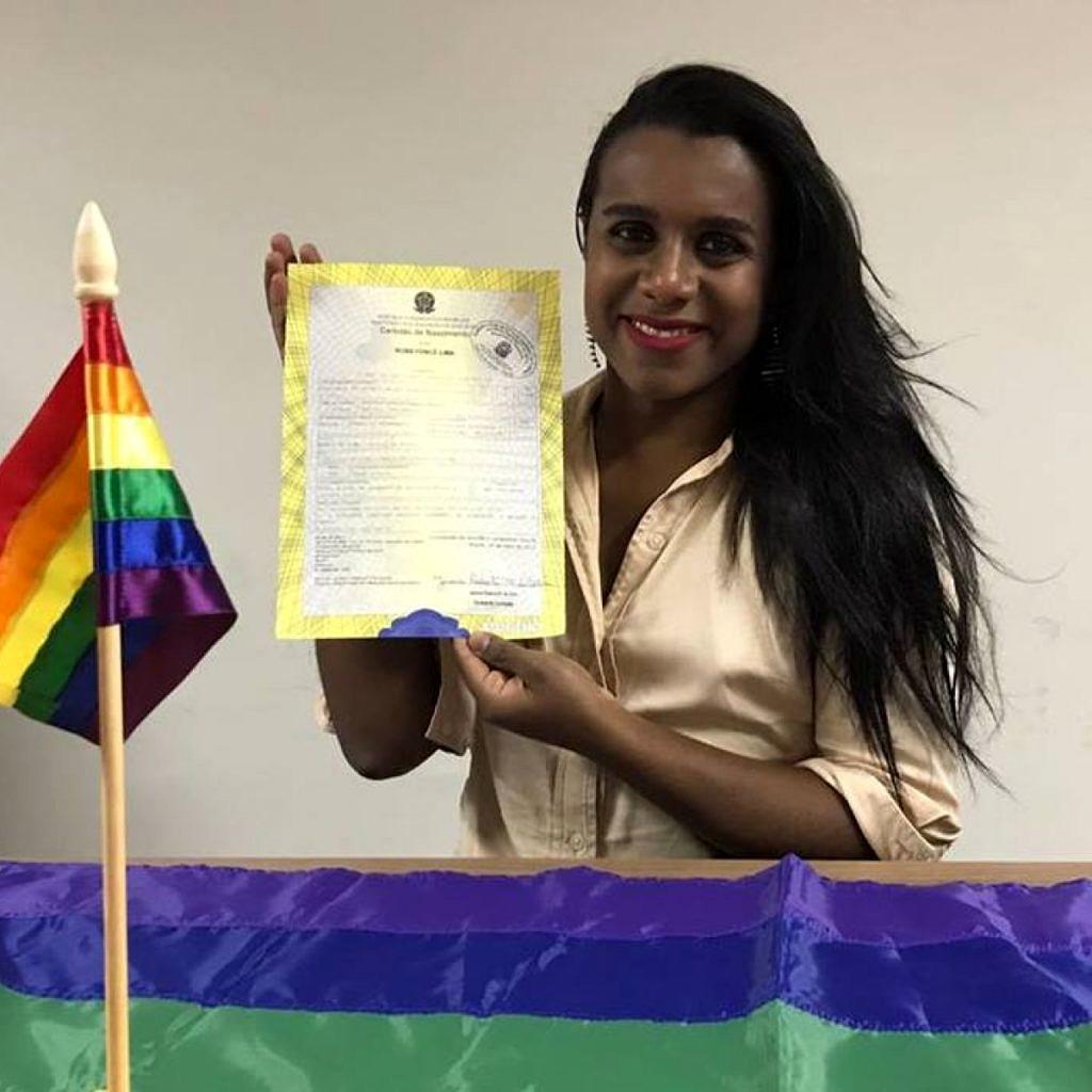 Eleita pela candidatura coletiva Juntas, Robeyoncé Lima (PSOL) é a primeira mulher transexual a integrar a Alepe (Foto: Reprodução)