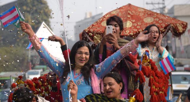 Paquistão tem primeira Parada do Orgulho Trans em toda a sua história (Foto: Dareecha | Reprodução)