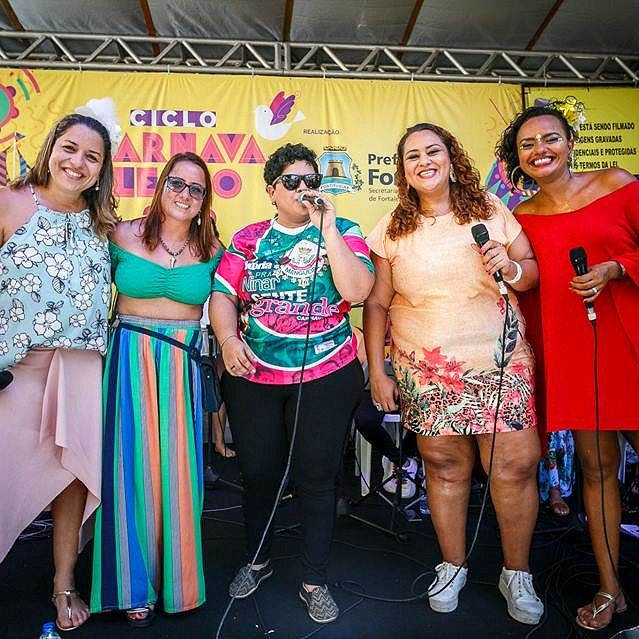 O SambaDelas promete esquentar o carnaval de Fortaleza na segunda-feira (Foto: Nicolas Leiva | Divulgação)