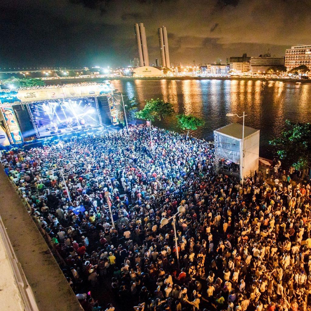 Festival Rec-Beat promete lotar as margens do Rio Capibaribe durante todas as noites de Carnaval (Foto: Ariel Martini | Divulgação)