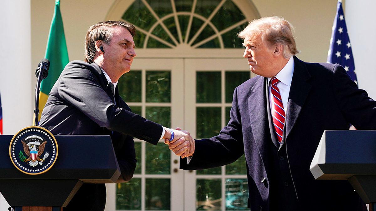 """Bolsonaro leva discurso homofóbico aos EUA: """"Só existe uma definição de família"""""""