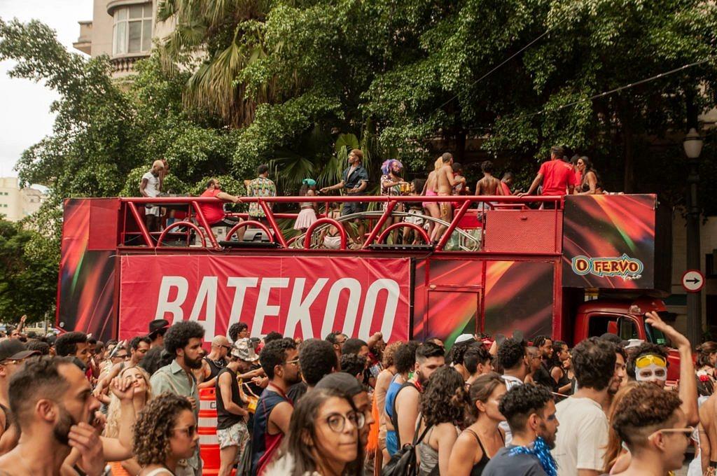 Em sua estreia no Carnaval paulista, Batekoo arrasta mais de 40 mil pessoas pelas ruas de São Paulo (Foto: Lucas Hirai | Batekoo)