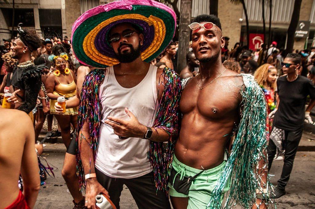 Corpos negros e livres na edição do Carnaval da Batekoo, o Carnakoo, pelas ruas de São Paulo (Foto: Lucas Hirai | Batekoo)