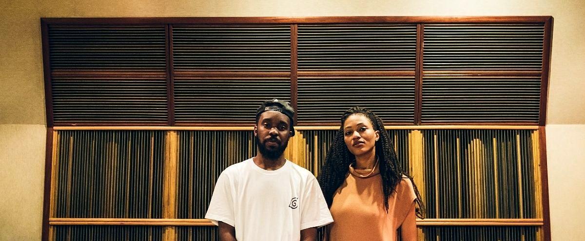 """DJ Nyack e Luedji Luna em estúdio durante as gravações do EP """"Mundo"""" (Foto: Divulgação)"""