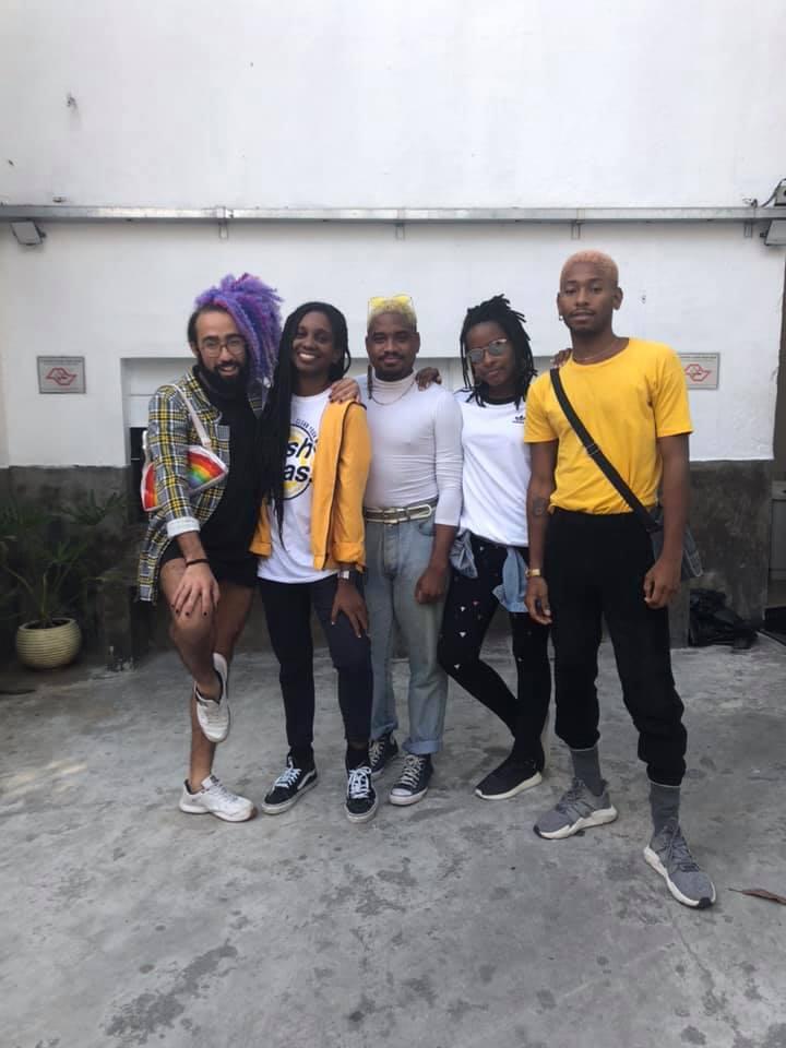 O time responsável pela Batekoo: Arthur Santoro, Adrielle Coutinho, Wesley Miranda, Monique Evelle e Maurício Sacramento (Foto: Arquivo Pessoal)