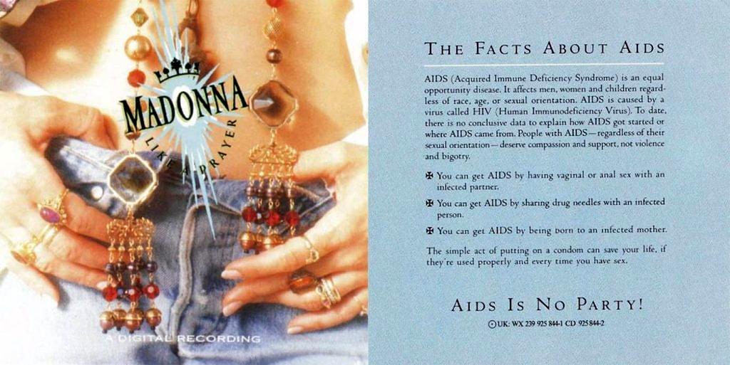 """Em 1989, Madonna trouxe no encarte de """"Like a Prayer"""" uma cartilha com informações sobre o vírus do HIV (Foto: Reprodução)"""