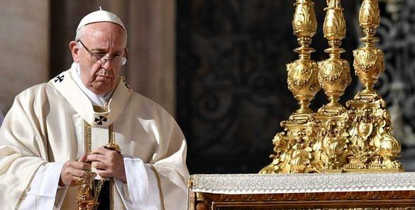 """Vaticano afirma que pessoas trans """"aniquilam o conceito da natureza"""" (Foto: AFP)"""