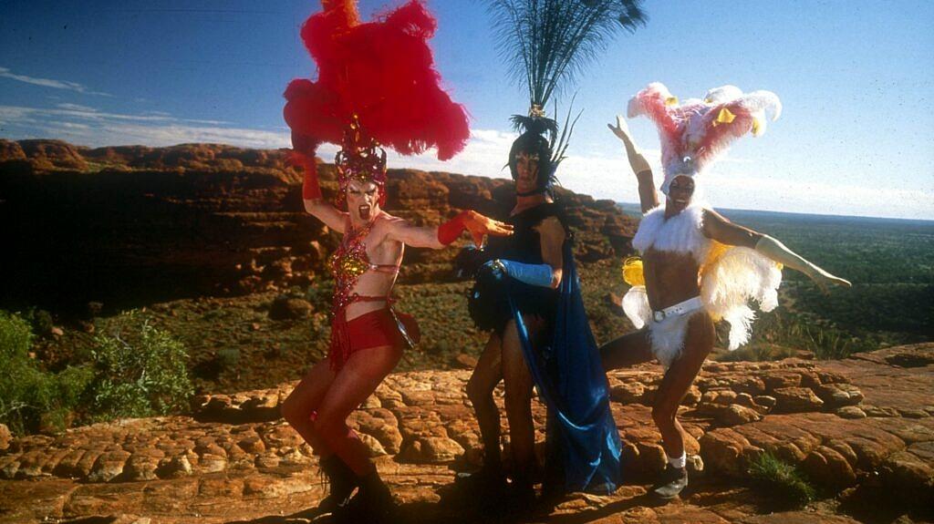 """O figurino de """"Priscila, a Rainha do Deserto"""" foi premiado no Oscar, no BAFTA e no Tony Awards (Foto: Divulgação)"""