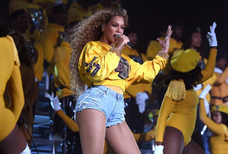 Beychella: Beyoncé durante sua apresentação como primeira mulher negra a ser headliner do Coachella