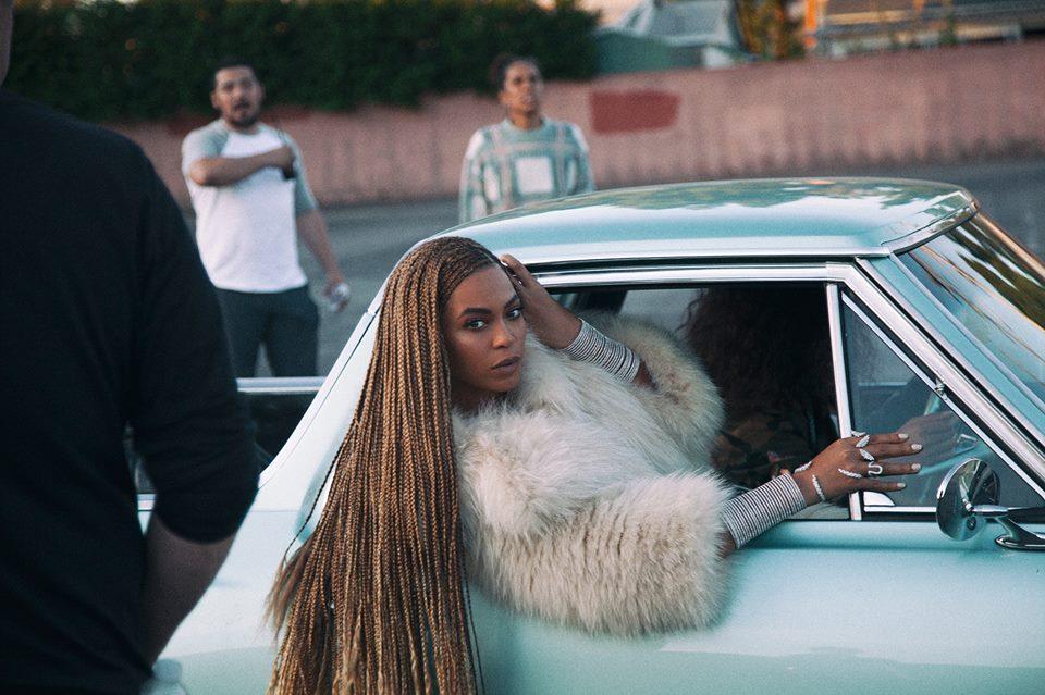 """Beyoncé durante o videoclipe de """"Formation"""", uma ode à cultura negra de Nova Orleans (Foto: Divulgação)"""