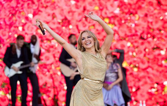 Kylie Minogue trará estrutura do show no Glastonbury para apresentação no Festival GRLS!, em São Paulo (Foto: Getty Images)