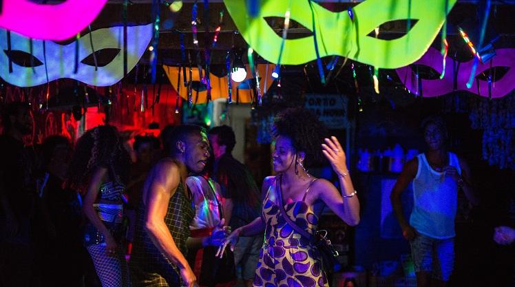 """Ressaca do carnaval recifense dá o tom e abre os caminhos para o roteiro de """"Fim de Festa"""" (Foto: Imovision   Divulgação)"""