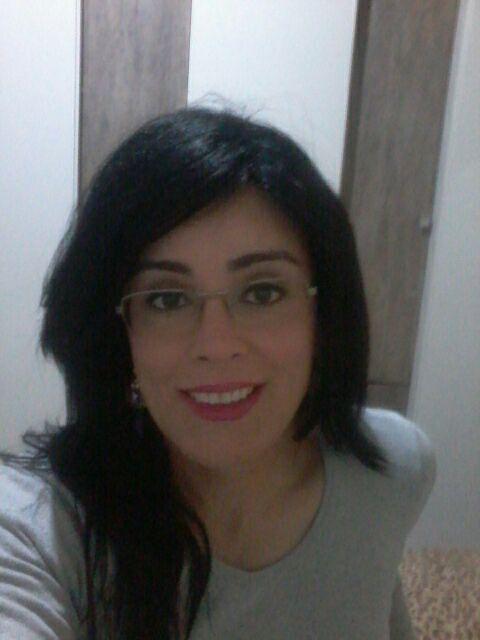 """Priscila Diana: """"As pessoas têm medo daquilo que não conhecem e existem muitos tabus e estigmas sobre nós"""""""