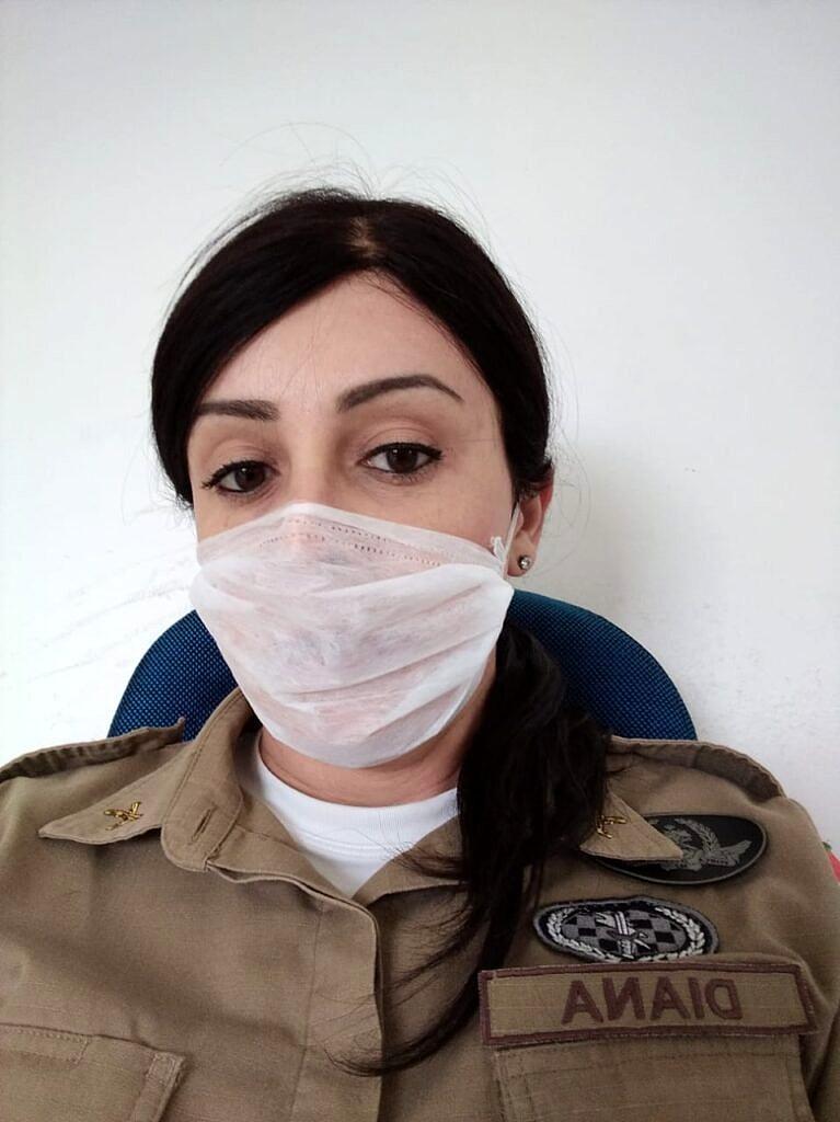 """Há mais de 22 anos na PM de Santa Catarina, Sgta. Priscila Diana diz: """"A convivência diária com uma pessoa transgênera vai mudando a visão preconceituosa que algumas pessoas têm"""" (Foto: Arquivo Pessoal)"""