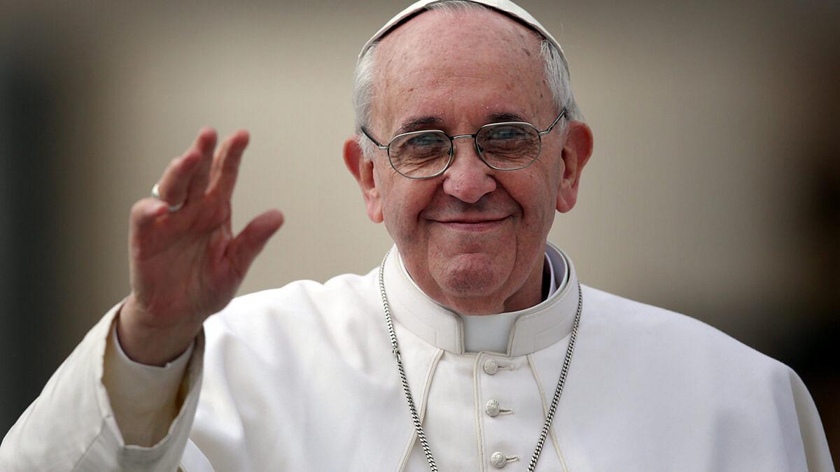 Papa Francisco enviou dinheiro e alimentos básicos para grupos de transexuais e travestis de Roma (Foto: Christopher Furlong | Getty Images)
