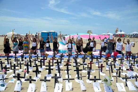 Protesto em memória às vítimas da transfobia no Brasil, em 2017 (Foto: Tomaz Silva   Agência Brasil)