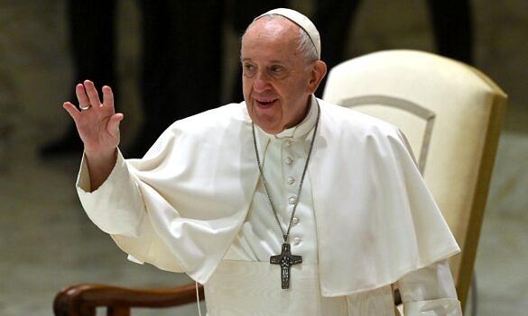 """Papa defende união civil para casais homoafetivos: """"São filhos de Deus"""" (Foto: Alberto PIzzoli   AFP)"""