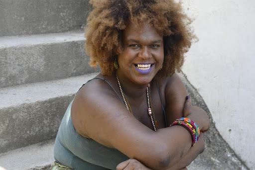 Benny Briolly é primeira travesti eleita vereadora em Niterói
