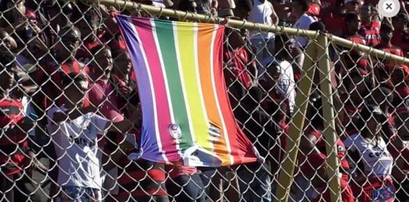 Vitória é denunciado ao STJD por ato LGBTfóbico de torcedor (Foto: Reprodução)