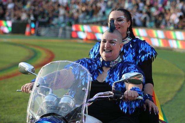 Casa de lésbicas no Mardi Gras da Austrália (Foto: AFP)