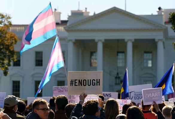 Estados Unidos registraram aumento no assassinato de travestis e transexuais, de acordo com a Human Rights Watch (Foto: AP / Carolyn Kaster)