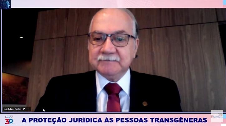 """O ministro Edson Fachin durante o webinar """"A proteção jurídica às pessoas transgêneras"""" (Foto: Reprodução)"""