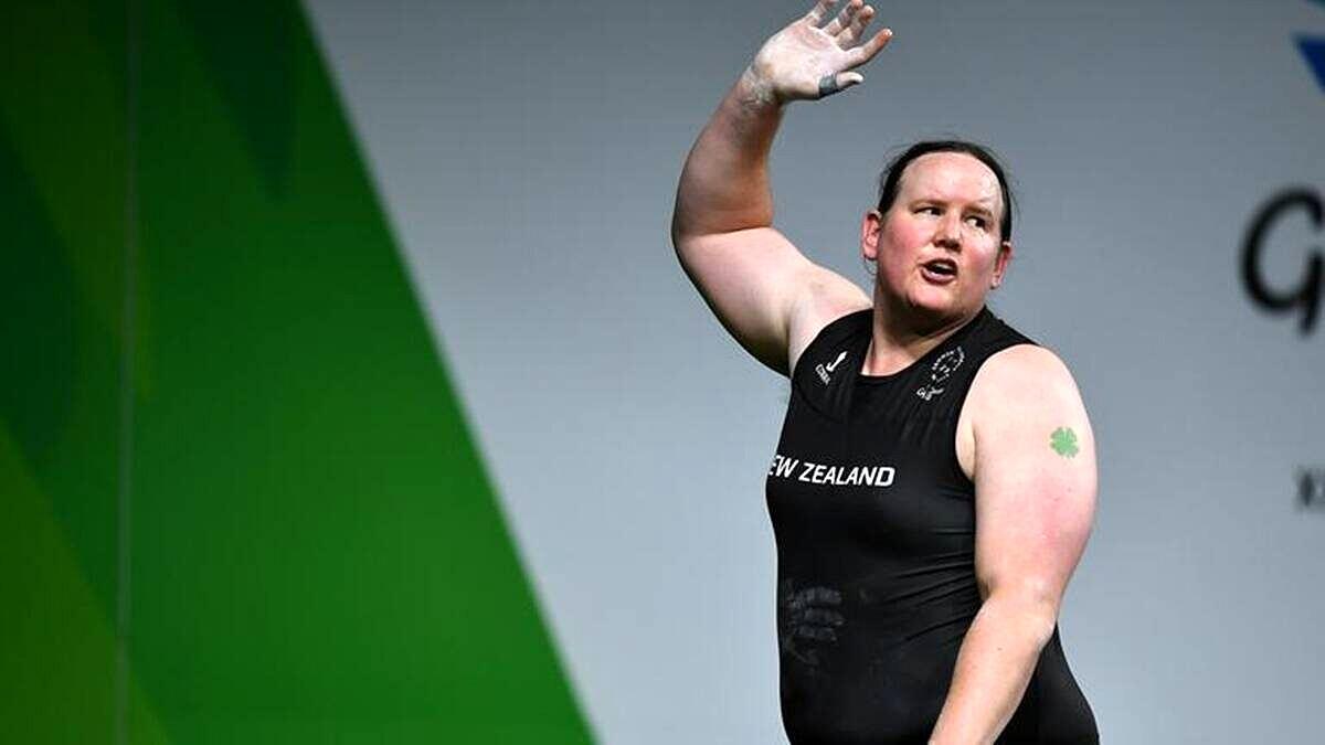 Laurel Hubbard, halterofilista da Nova Zelândia, é a primeira atleta trans a competir nos jogos olímpicos (Foto: Reprodução)