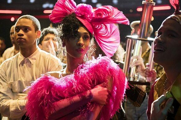 """MJ Rodriguez, de """"Pose"""", se torna a primeira atriz trans indicada a uma das categorias principais do Emmy (Foto: Divulgação)"""