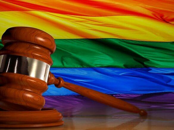 Em Minas, estabelecimento que discriminar LGBTI+ pode ser multado em até R$ 45 mil (Foto: Reprodução)